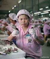 Çinde Oyuncak Üreten Bir Fabrikadan Görüntüler