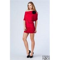 Modasına Dikkat Eden Bayanlar İçin Kısa Elbiseler