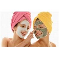 Botoks Etkisi Yapan Gençleştirici Maske Tarifi