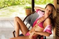 Calzedonia Bikinilerini Gisele Bündchen Tanıtıyor