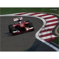 Çin'de Alonso Kanatlandı