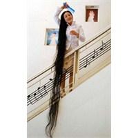Dünya'nın En Uzun Saçlı Kadını Kimdir?