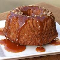 Karamel Soslu Havuçlu Kek