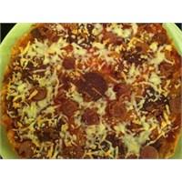 Bayat Ekmek Pizzası Nasıl Yapılır?