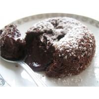 Çikolatalı Sıcak Kek