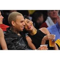Rihanna Ve Chris Brown Birlikte Lakers Maçını İzle