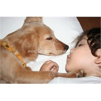 Defne Ve Köpeği Mira....