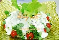 Yoğurt Soslu Semizotu Salatası