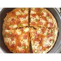 Bayat Ekmekle Tava Pizzası
