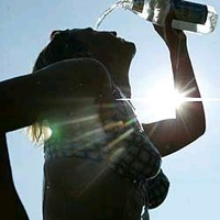 Yaz Sıcaklarında Sağlıklı Yaşamanın Yolları