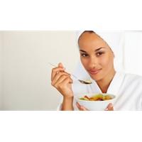 Açlığı Bastırır Aynı Zamanda Sağlıklı