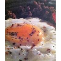 Kıymalı Yumurta Tarifi