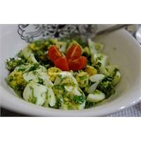 Kahvaltıya Aparatif / Yumurta Salatası