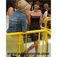 Bir Türk Kadını Ve Aynı Zamanda Bir Top Model