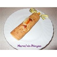 Garnitürlü Krep Böreği