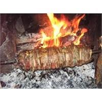 Farklı Lezzetlerden Çağ Kebabı