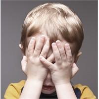Şiddet Küçük Çocuklar İçin Büyük Tehdit