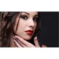 Çekici Olmak İsteyen Kadınlar İçin Öneriler