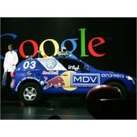 Google Sürücüsüz Aracın Ehliyetini Aldı