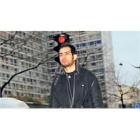 Pentagon'un Karşısında 25 Yaşında Bir Türk