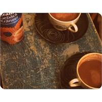 Ev Yapımı Sıcak Çikolata