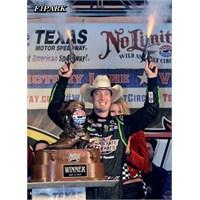 Nascar: Texas'ta Kazanan Busch !!