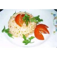 Evde Domatesli Pirinç Pilavı Nasıl Yapılır