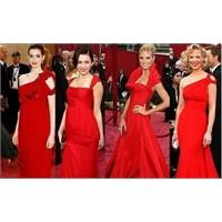 'kadınlara İlaç Yerine Kırmızı Elbise Veriyorum'