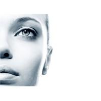 Gözaltı Morluğunda Kozmetiklerin Faydası Nedir?