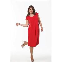 Büyük Beden Bayanlar İçin En Şık Elbise Trendi