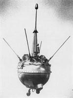 Aya İnen İlk Uzay Aracı