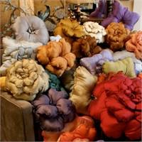 Dekoratif Renkli Yastık Modelleri