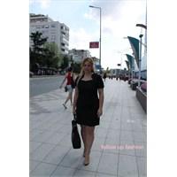 Stil: Küçük Siyah Elbise