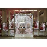 Louis Vuitton & Kusama Konsept Mağazası