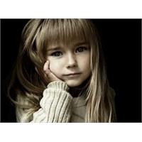 Aşırı Koruma Çocuğu Özgüvensiz Yapıyor