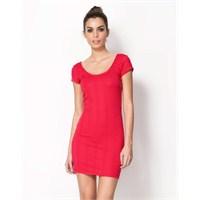 Bershka'dan Elbise Trendleri