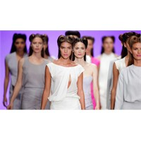 Mercedes-benz-fashion-week-istanbul-7-11-ekim-2013