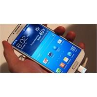 Samsung Galaxy S4 40 Milyon Adet Satıldı