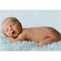 Bebek Nasıl Yatırılmalıdır?