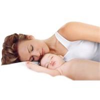 Anneyle Temas Daha Rahatlatıcı