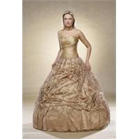 2011 Yılında Giyebileceğiniz Kına Elbise Modelleri