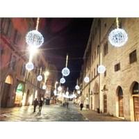 Perugia, Umbria'da Bir Ortaçağ Güzelliği