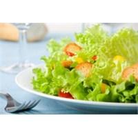 Vitamin, Mineral Ve Protein İçin Salata