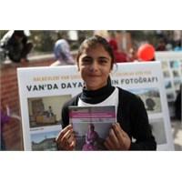 """""""Van'da Dayanışmanın Fotoğrafı"""" Sergisi Kadıköy'de"""