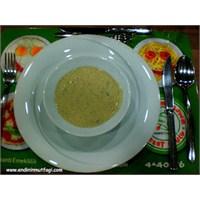 Bademli Kremalı Mantar Çorbası