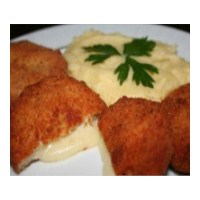 Günün Yemeği : Kaşarlı Tavuk Köfte