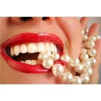 Beyaz Ve Sağlıklı Dişler İçin 10 Öneri