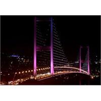 Boğaziçi Köprüsü'nün Meş'um Işıkları