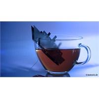 Çayınızda Batan Titanik