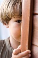 Çocuğum Neden Utangaç Ve İçine Kapalı ?
